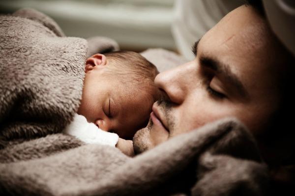 •בן הזוג יכול להחליף את האישה בחופשת הלידה לפרק של שבוע ומעלה (במקום מינימום 3 שבועות).